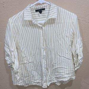 Forever 21 Womens Button Up Shirt